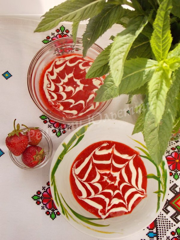 рецепт полуничного супу