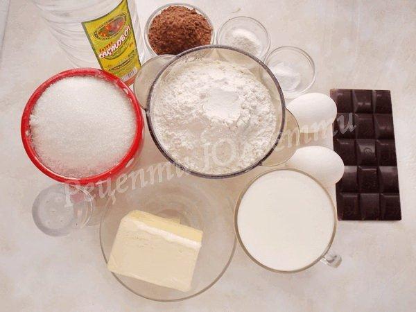 інгредієнти для шоколадного торта