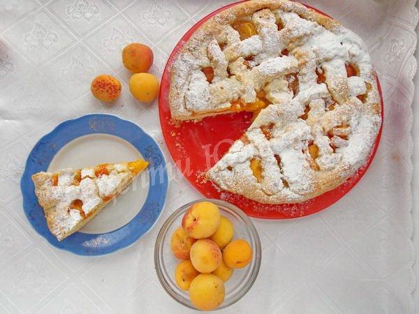 пісочний абрикосовий пиріг
