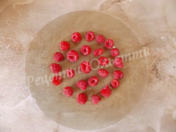 викладаємо ягоди в один шар