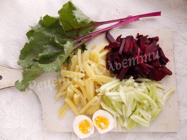 нарізаємо овочі соломкою