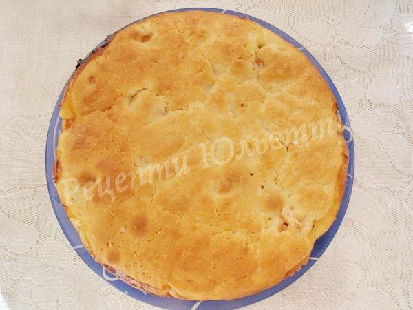 перекладаємо пиріг на тацю