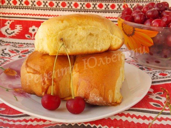 пиріжки з вишнями