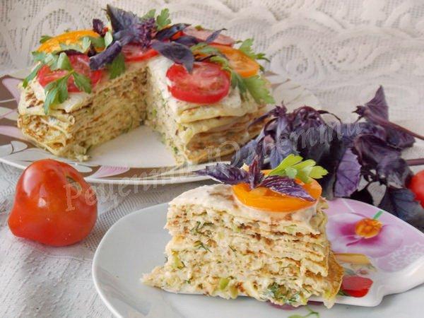 смачний торт з млинців із кабачка