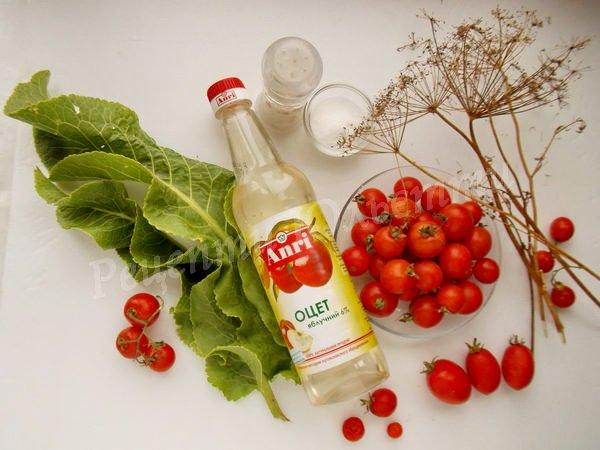 інгредієнти для маринованих помідорів