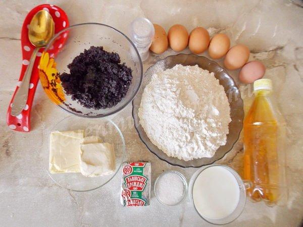 інгредієнти для пиріжків з маком