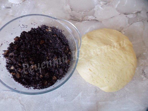 тісто та начинка для пиріжків з маком