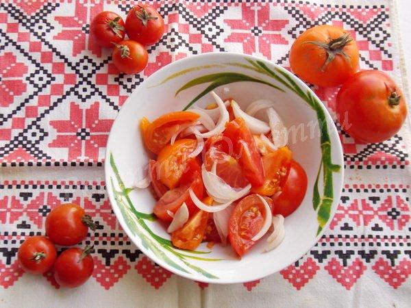 рецепт салату з помідорів