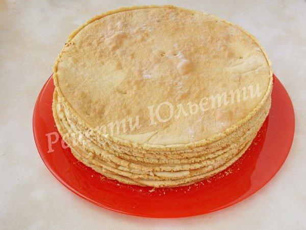 медові коржі для торта