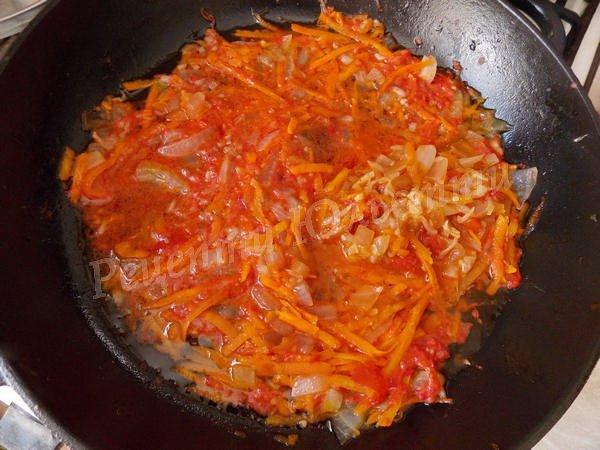 підливка з томатом