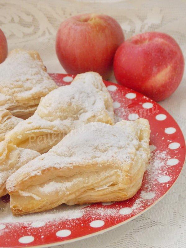 рецепт конвертиків з яблуками із листкового тіста
