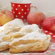 слойки з яблуками