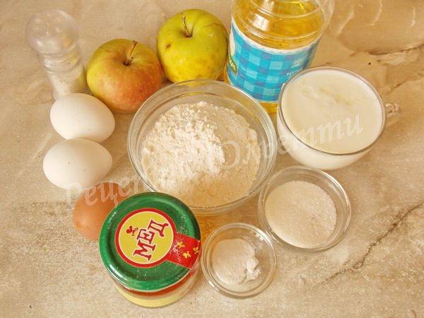 інгредієнти для оладок з яблуками