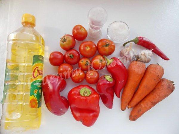 інгредієнти для аджики з помідорів та перцю