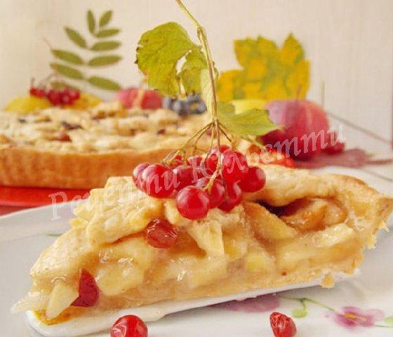 осінній пиріг з яблучною начинкою