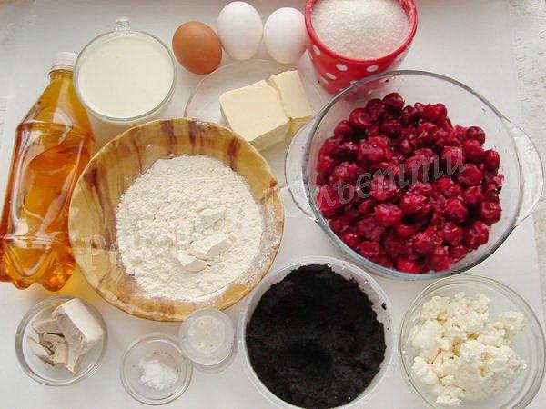 інгредієнти для завиванців з дріжджового тіста