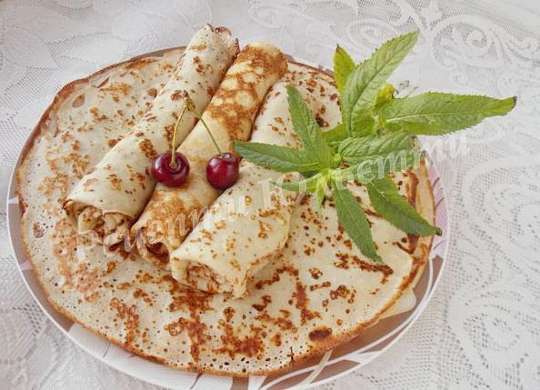 смачні сирні млинці на Масляну