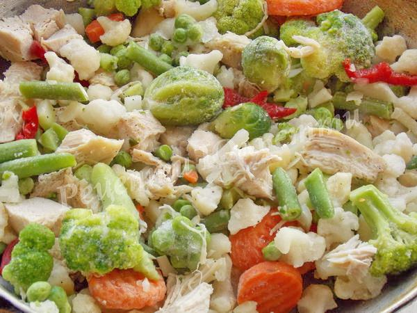 додаємо до філе овочі