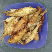смажена рибка на природі