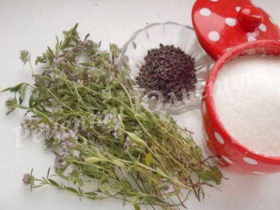 інгредієнти для чаю з чебрецем