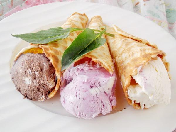 вафельні ріжки з морозивом