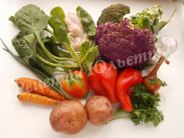 інгредієнти для супу зі свіжих овочів