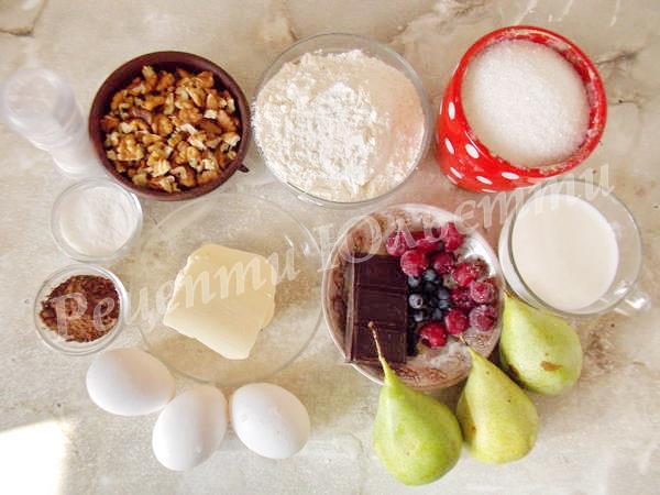інгредієнти для грушевого пирога