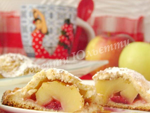 сирний пиріг з яблуками