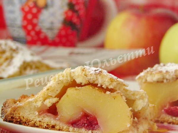 смачний сирний пиріг з яблуками