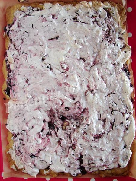 запікаємо пісочні тістечка