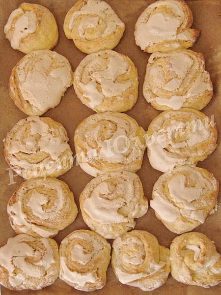 випікаємо печиво Троянди