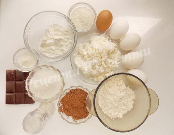 інгредієнти для пирога з сирними кульками