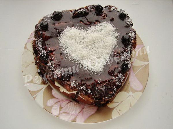 шоколадний бісквіт із вишнями до дня закоханих