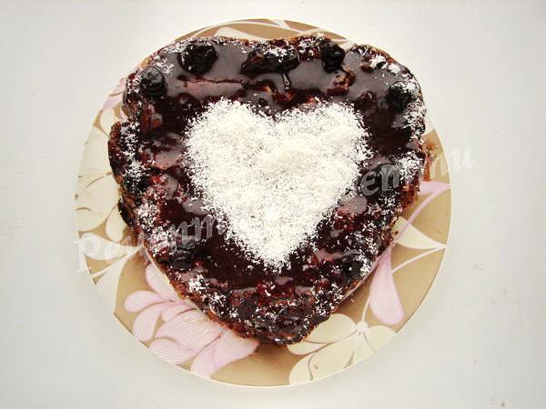 прикрашаємо торт до дня закоханих