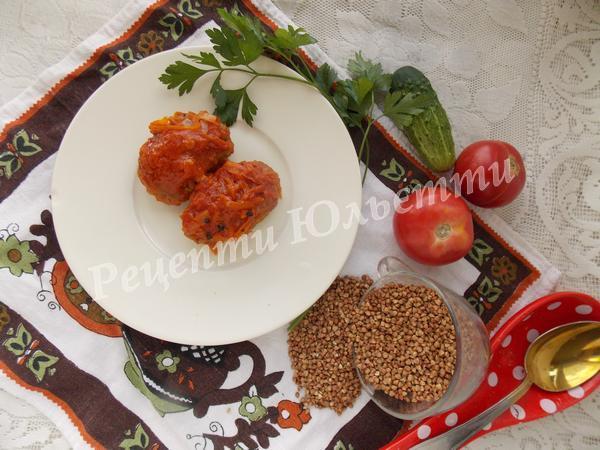 смачні гречаники в томаті