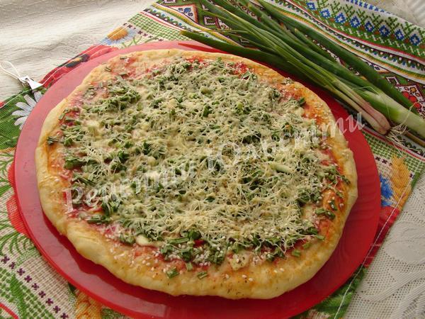 весняна домашня піца