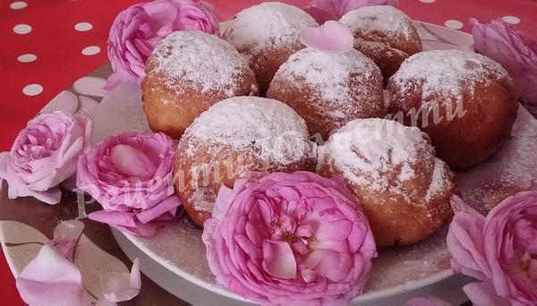 пончики з солодкою трояндою
