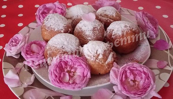 пончики з трояндою