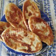 смажені пиріжки з картоплею