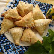листкові пиріжки зі шпинатом