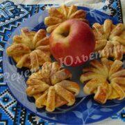 яблука в тісті